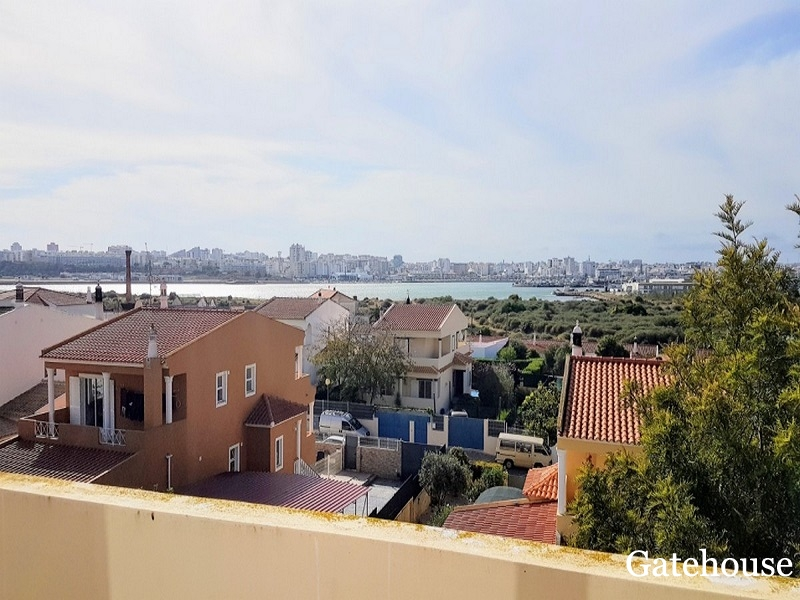 Bank Repossession 4 Bed Villa For Sale In Ferragudo Algarve