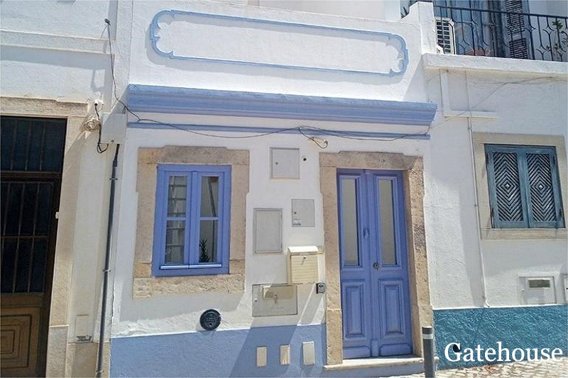 2 Bed Townhouse In Tavira Centre Algarve
