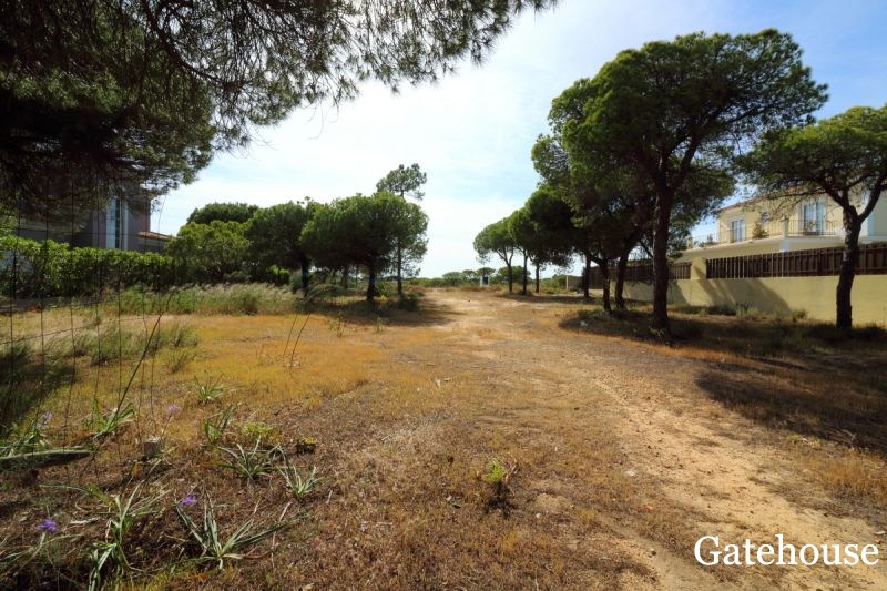Building Plot In Varandas do Lago Algarve