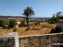 "<p style=""font-weight:bold"" align=""center"">Loule €450,000</p><p align=""center"">Great Views</p><p align=""center"">Building plot measuring 5,000m2 with opportunity to build a 300m2 villa..."