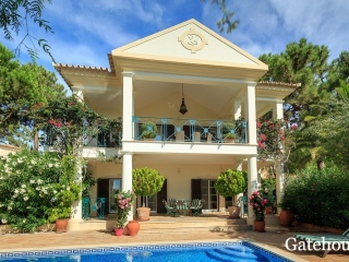 QDL €1.65 MillPinheiros AltosGolf villa with 3 beds, 3 baths with swimming pool…